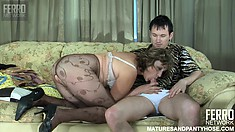 Nasty mature woman Emilia seduces young stud Rolf and has him banging her cunt
